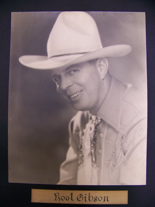 10: autographed photograph of Hoot Gibson