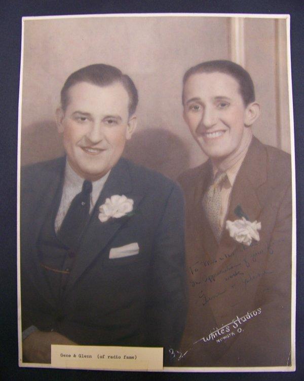 16: photograph of Gene & Glenn with autograph