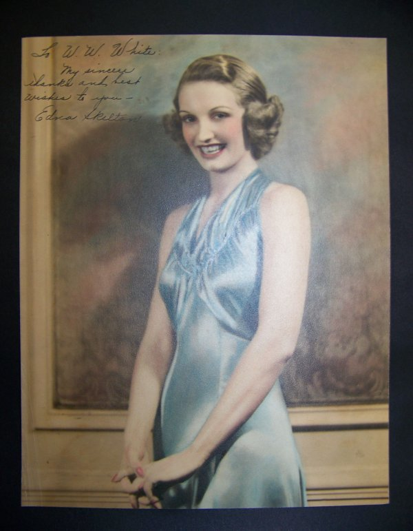 18: photograph of Edna Skelton with autograph