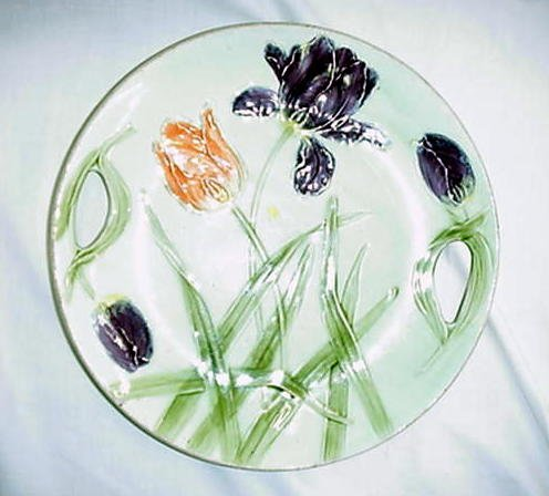 """14: 11.25"""" Majolica floral plate, flaking"""