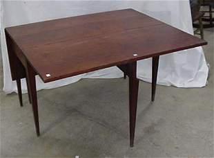 "Cherry Hepplewhite drop leaf table, 46"""