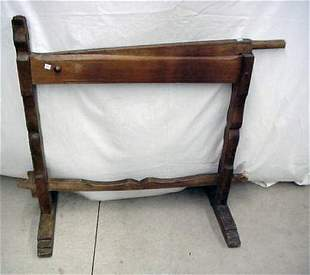 Early flax breaker with tulip design, 4