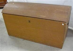 Dome top immigrants trunk with dovetail