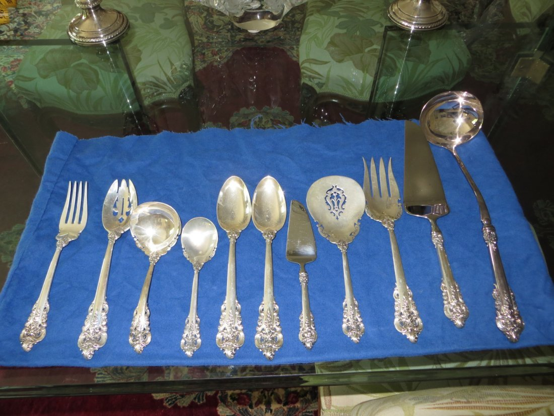 Wallace Sterling 'Grand Baroque' Silverware Set