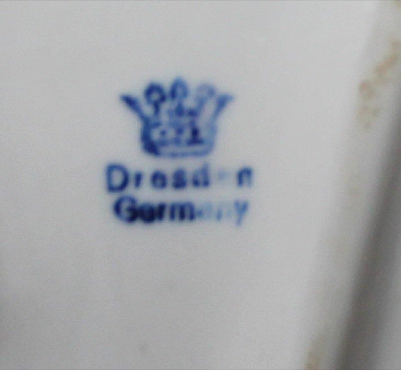 Aelteste, Dresden Lace Spitzenfiguren Porcelain Lady - 2