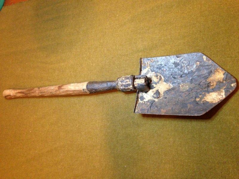 Original Nazi German WW2 Combat Issue Shovel Deployed