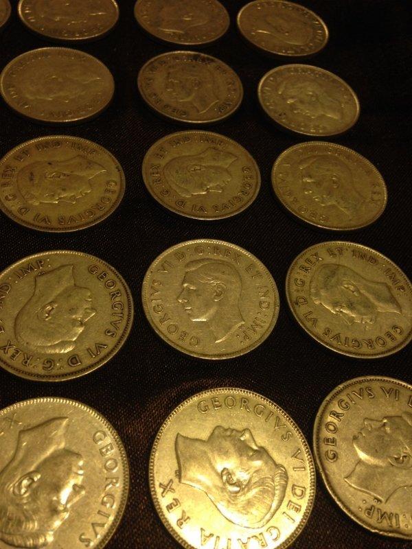20 Silver Canadian Half Dollar Wartime Dates Rare! - 2
