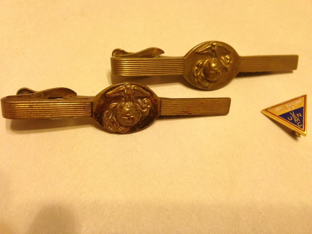 United States Marine Corps Tie Clip and Insignia Lot