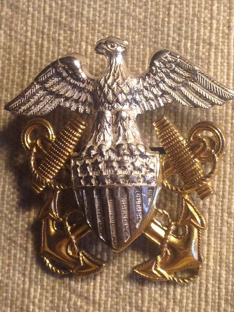 WW2 Sterling and Gold Navy Hat Insignia World War 2