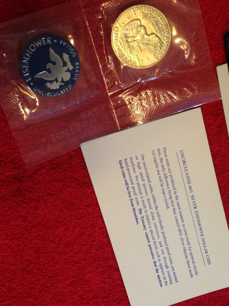 40% Silver Eisenhower Uncirculated Silver Dollar U.S. - 4