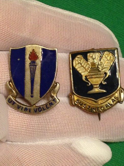 WW2 lot of 2 Sterling Army Air Corps Training Pins