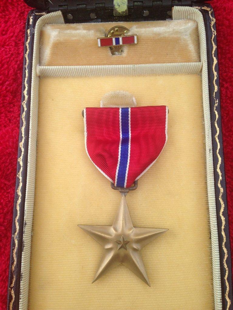 WW2 WWII Bronze Star Cased & Named PFC Kulpinski