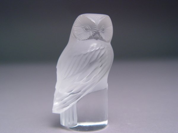 105: Lalique Clear Crystal Owl Figurine