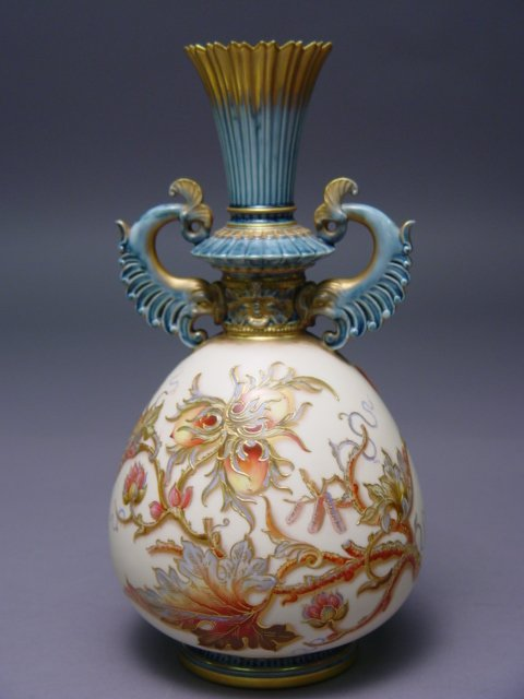 1009: 19th c. Royal Worcester Porcelain Vase