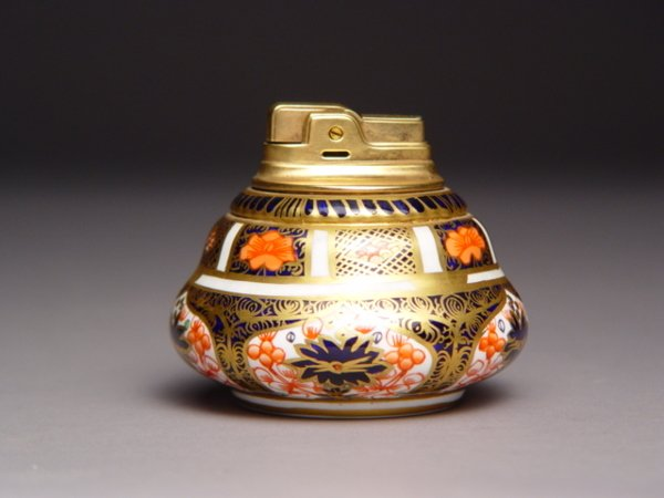 1015A: Royal Crown Derby Imari Lighter Ronson
