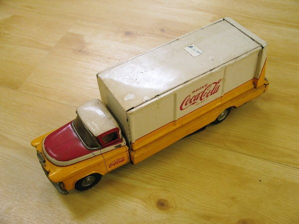 1002: Haddock Co. Coca Coal Tin Truck