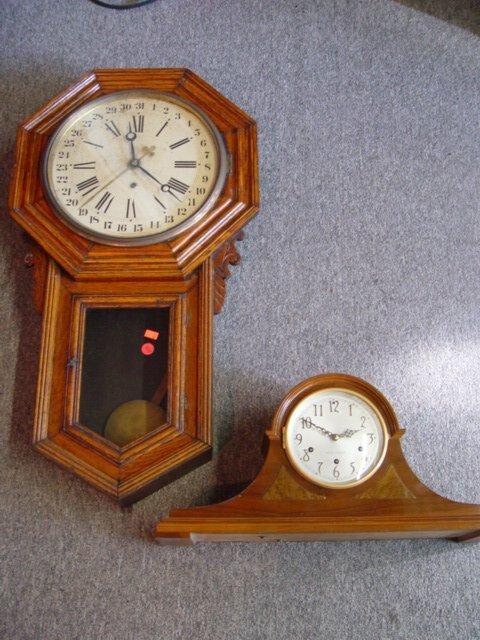 9: Oak regulator clock, early 20th century; T
