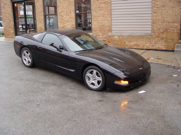 463: 97 Chevrolet Corvette, black with black
