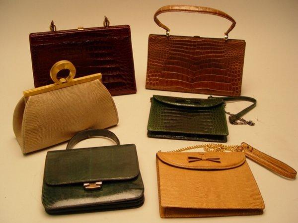 1112: Collection of Lady's Handbags Lederer