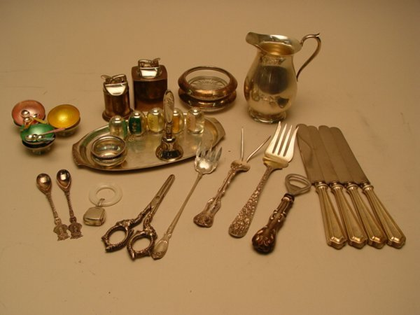 1113: Collection of Sterling Silver Table Art