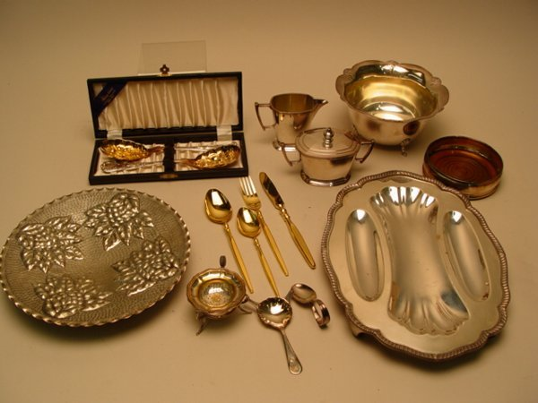 1114: Collection of Silver Plate Table Articl
