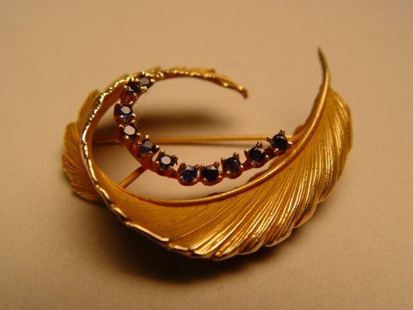 2016: Gold & Sapphire Pin