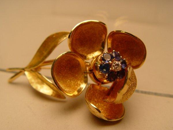 2018: 14k Gold, Diamond & Sapphire Pin