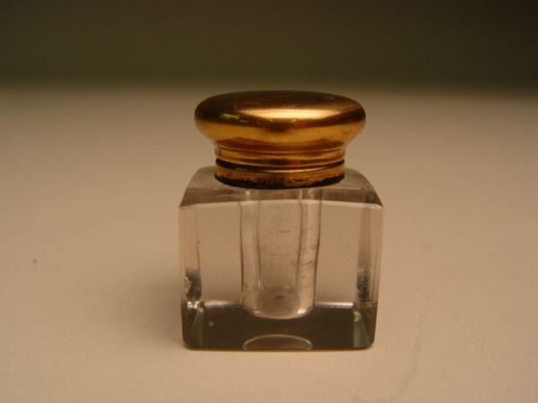 128: Square Glass Inkwell