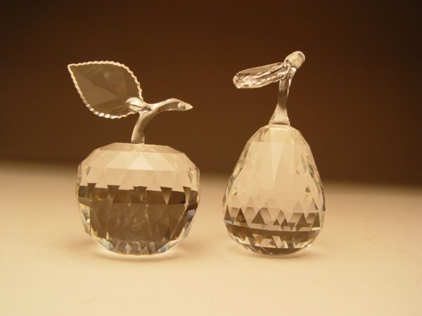 1034: Swarovski Crystal Pear & Apple