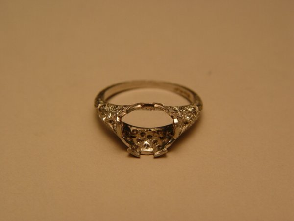 1119: Platinum Diamond Art Deco Style Ring Mount