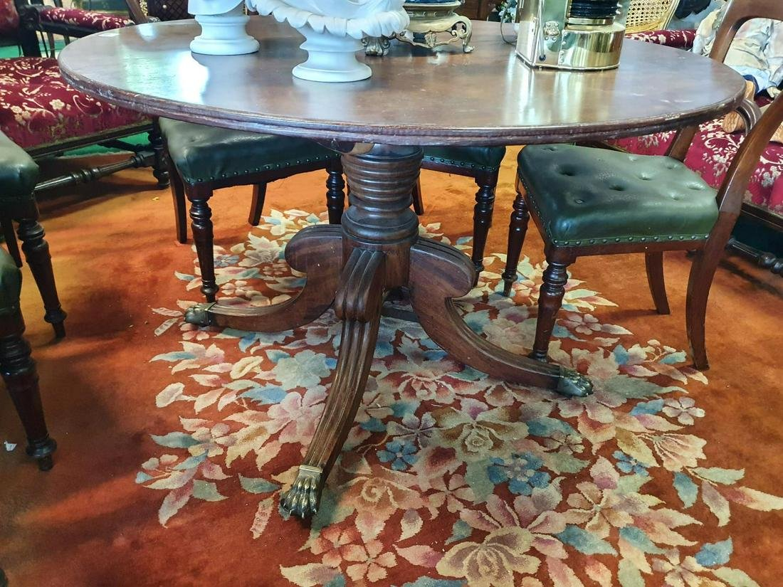 A Fabulous early Georgian Mahogany Supper Table with