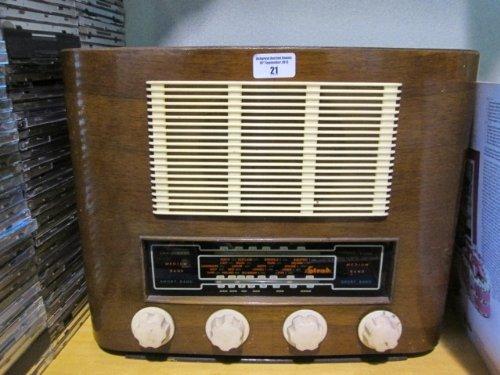 A Vintage Strad Radio.