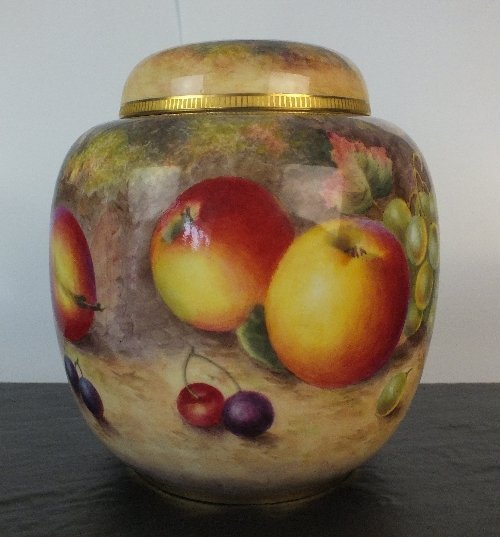 A Royal Worcester ginger jar and cover, circa 1954, fin