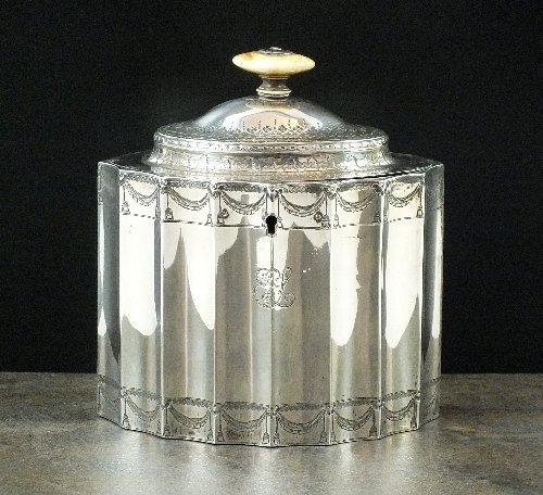 A George III silver tea caddy, Robert Hennell I, London