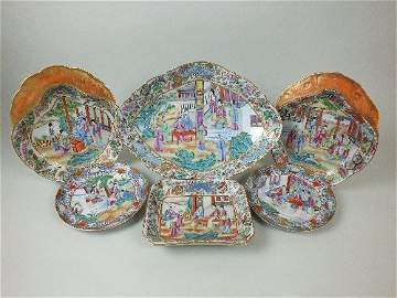 A mixed collection of Chinese porcelain famille rose