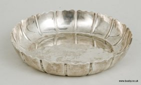 A 20th century hallmarked silver strawberry dish by