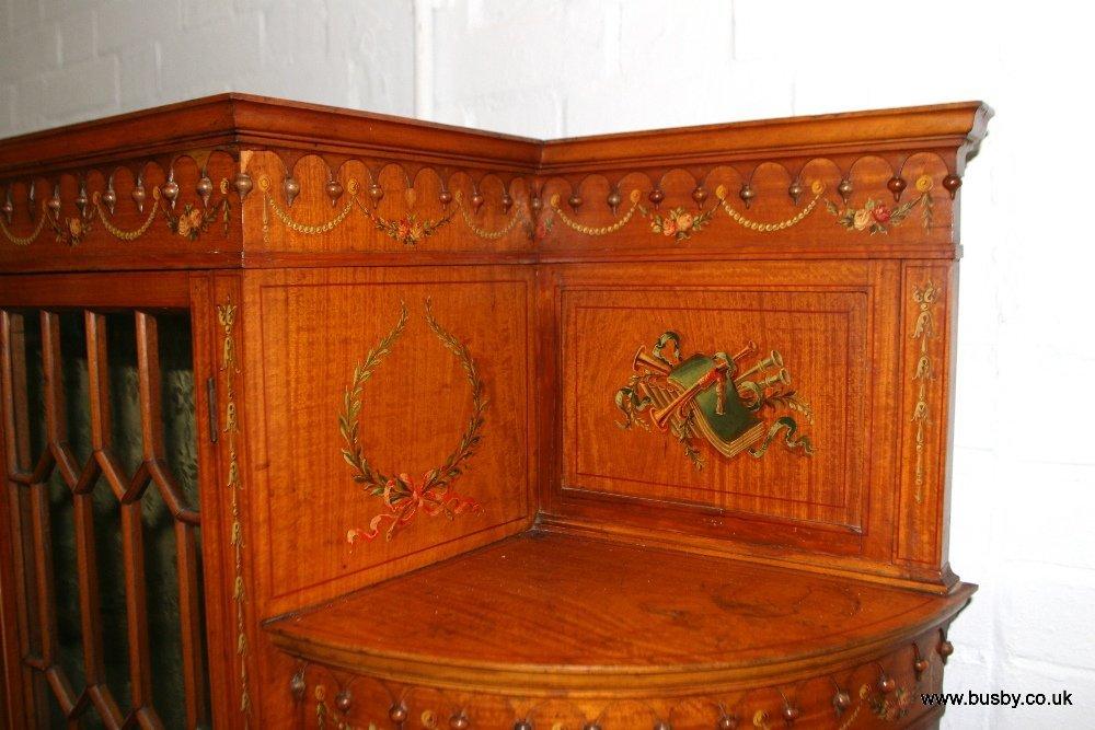 A satinwood Edwardian Sheraton style display cabinet - 2