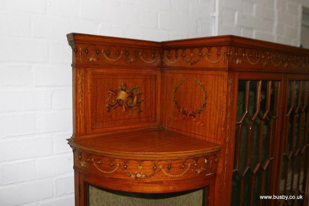 A satinwood Edwardian Sheraton style display cabinet - 4