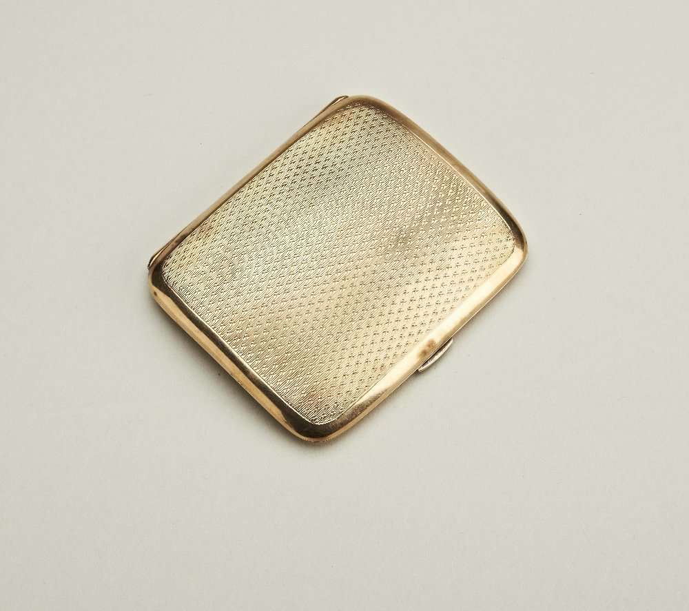 A 9ct gold cigarette case, by Kemp Brothers, 1922