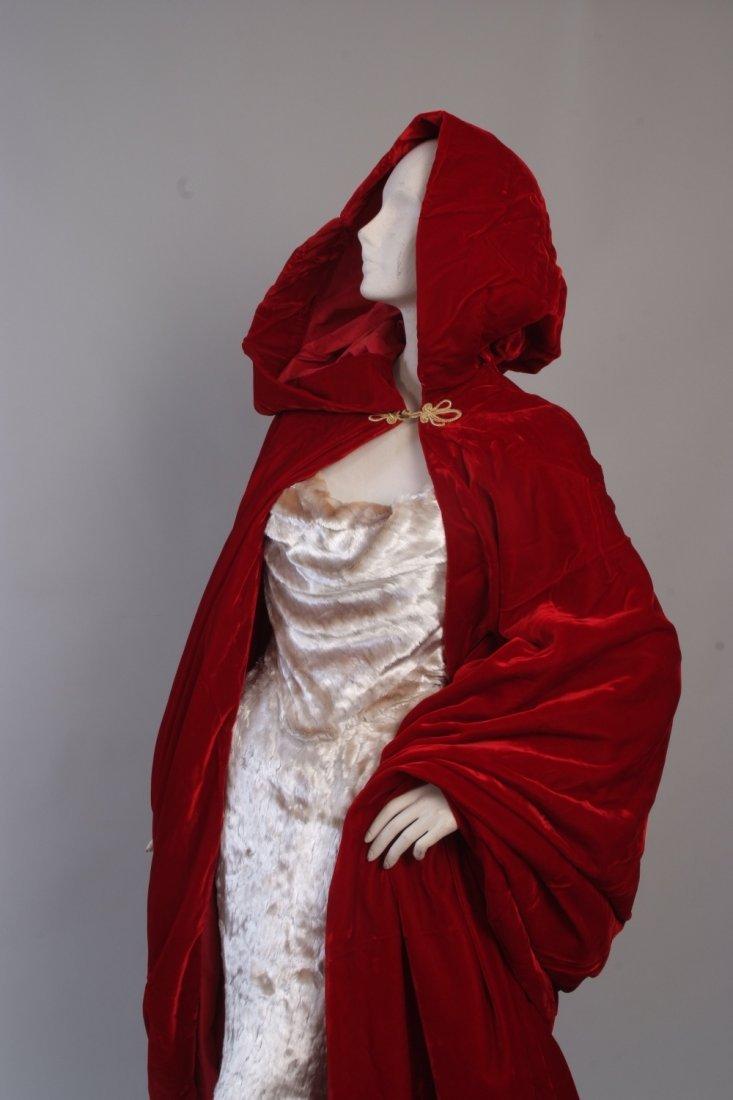 A 1997  haute couture Vivienne Westwood Wedding Dress. - 2