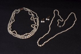 A 1930's multi strand pearl necklace with 9ct gold