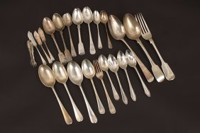 A George IV silver fiddle pattern table spoon, by