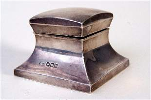 A George V glass and silver hallmarked inkwell, by John
