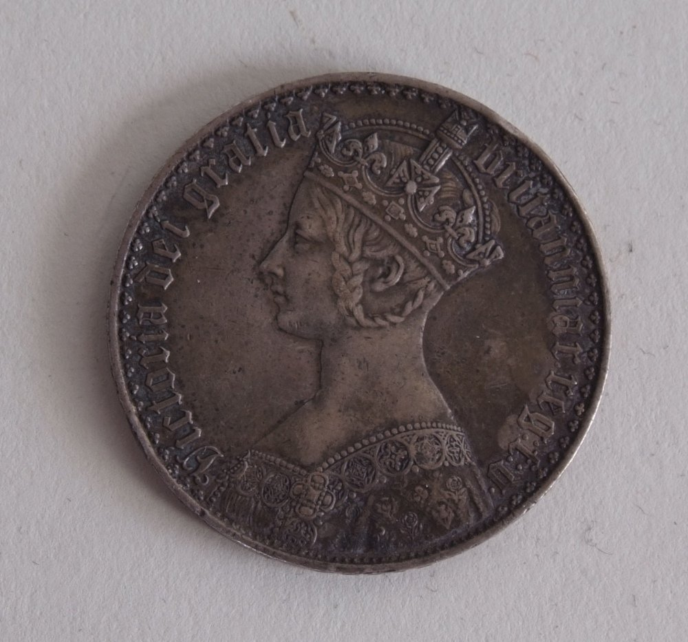 Victoria, 'Gothic' Crown, 1847 Undecimo, crowned bust