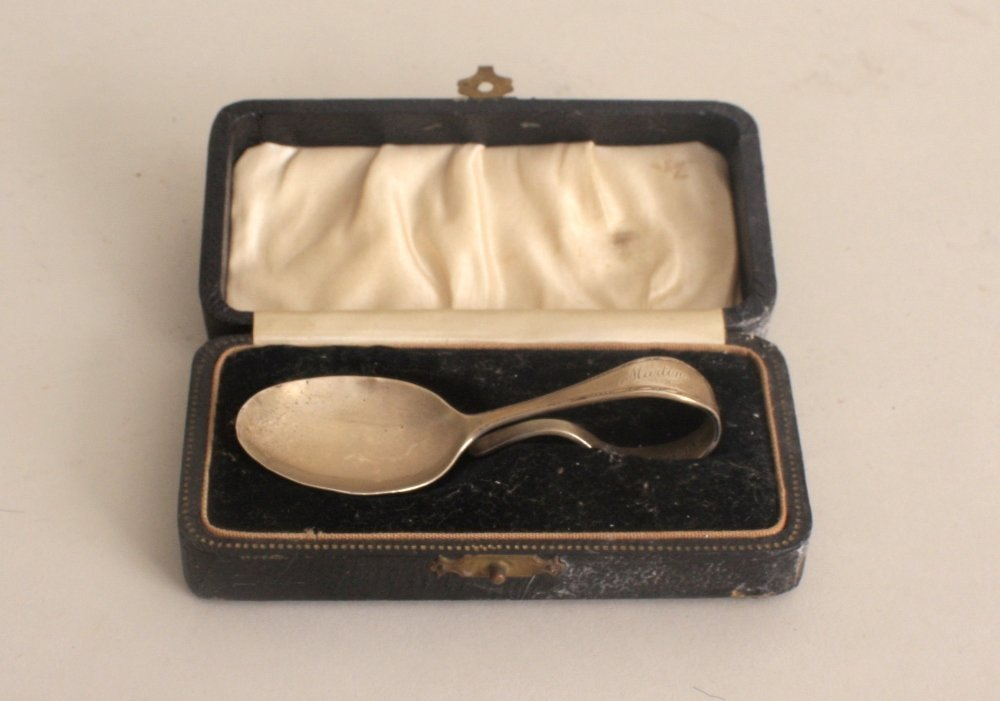 An Art Deco silver caddy spoon, by Arthur Price & Co.,