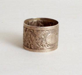 A Victorian silver napkin ring, by Frederick Elkington,