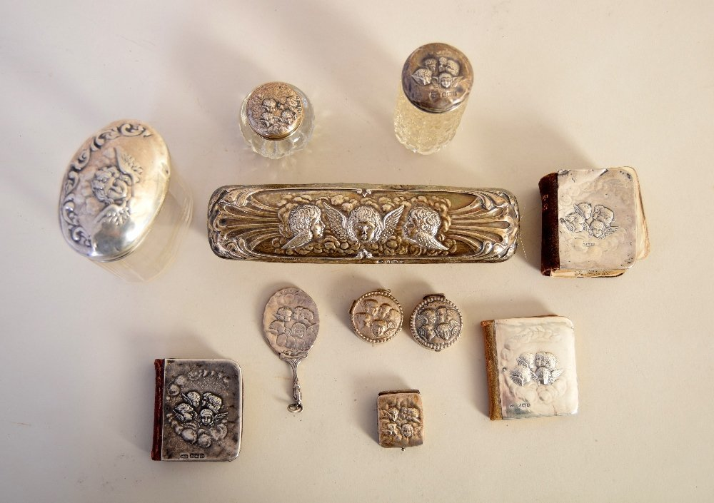 A lot of silver items including three miniature books,