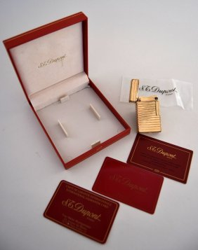 An S.T.Dupont lighter horizontal stripe, 18k gold  size