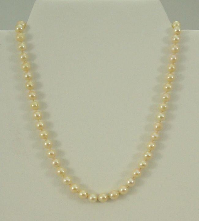 14 Kt. W G Clasp Pearls