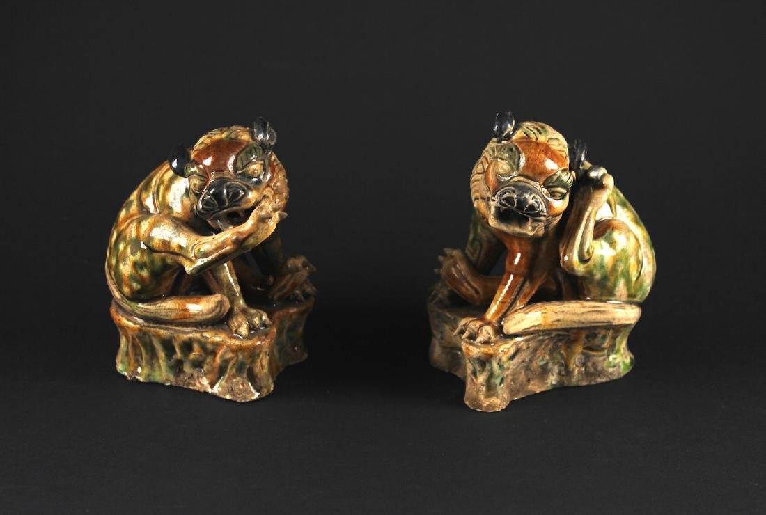 Pair of Three-Coloured Ware Animal Scupture MingDynasty